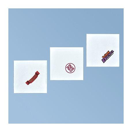 Lautasliina logolla 25*25 cm, valkoinen 3 ply, 1/4