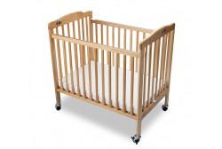 Baby crib (kokoontaitettava), vaalea puu