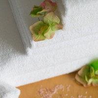 Pyyhe 50*100 cm valkoinen